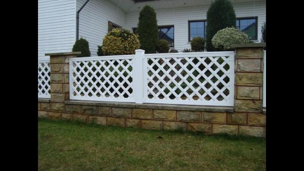 pvc-trellis-fences
