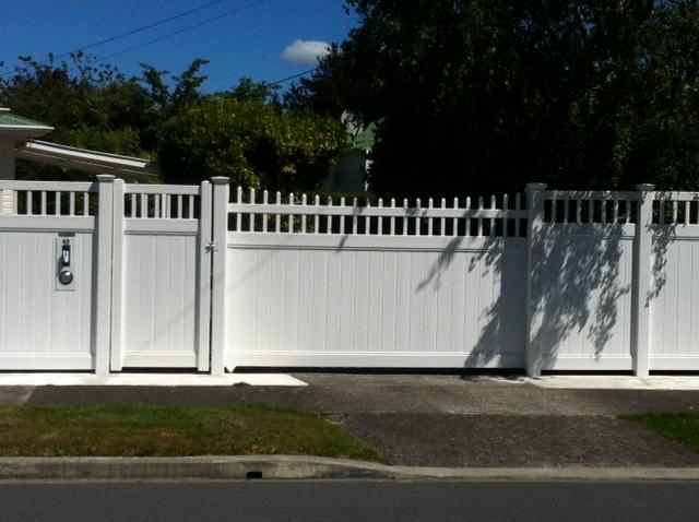 Maintenence Free Automatic Gates Fencetastic